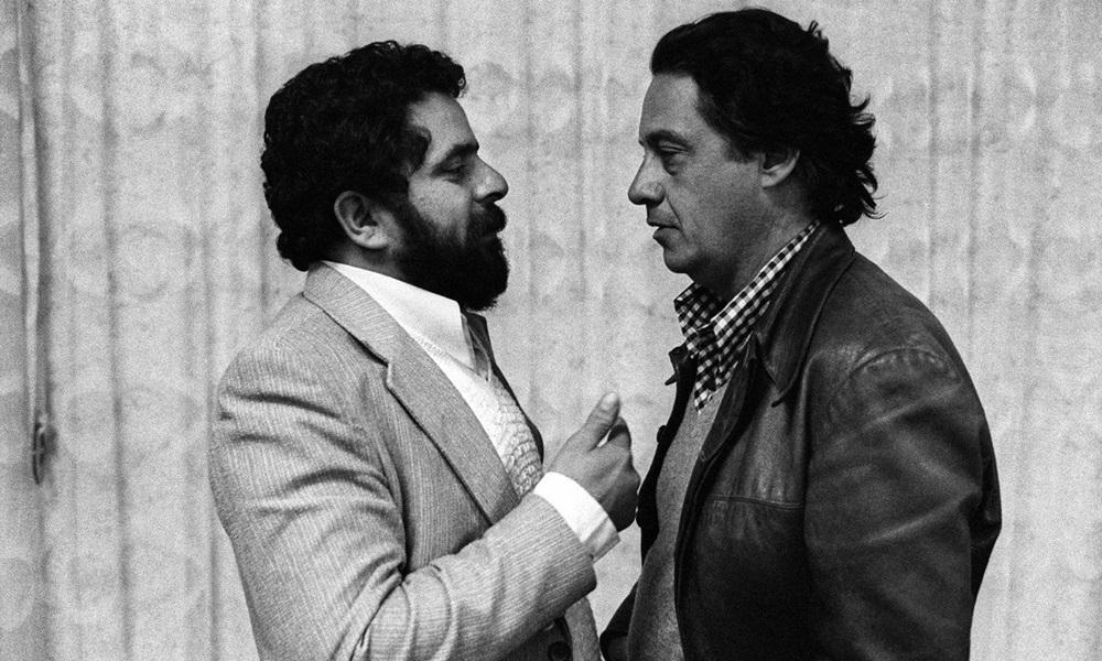 Lula e FHC conversam em maio de 1979. Lula fundou o PT e FHC criou o PSDB depois de deixar o PMDB.