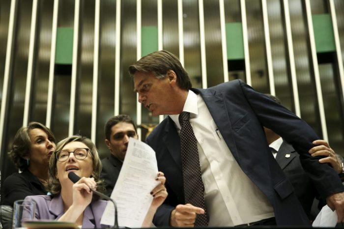 bolsonaro e deputada.jota